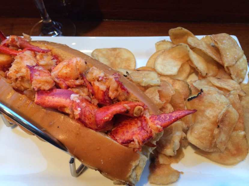 Lookout Sauteed Lobster Roll