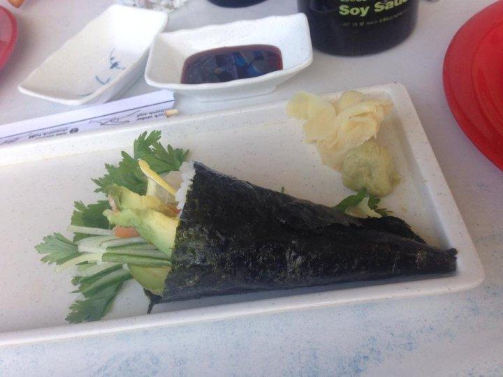 Oar Sushi Hand Roll