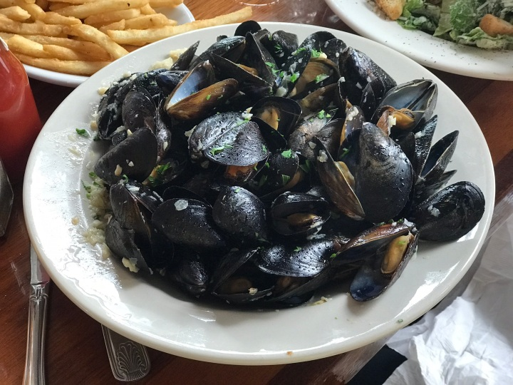 Seafood Shanty Mussels